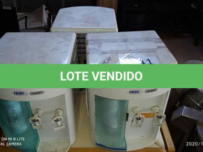 LOTE 141 - 01 LOTE DE BEBEDOUROS DE BANCADA. (NO ESTADO)
