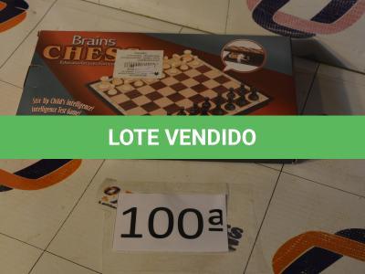 LOTE 100 - 01 JOGO DE XADREZ IMÃNTADO (NOVO) (NO ESTADO)